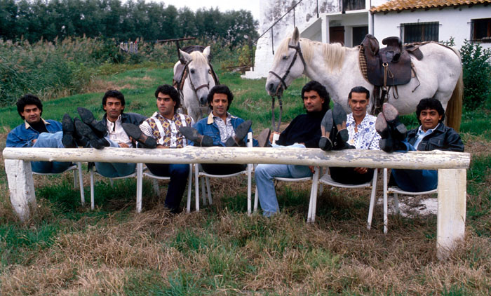 <h2>Gipsy Kings, Musik</h2><div id='trenner'></div>Musikgruppe -  Arles, Frankreich <div id='trenner'></div> <div id='tags'>Schlagworte: <a href='/gipsy_kings' rel='tag' title='' class='active'>Gipsy Kings</a></div>
